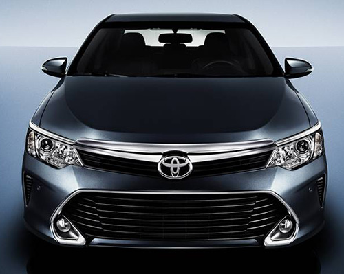 video-toyota-camry-the-he-dot-pha