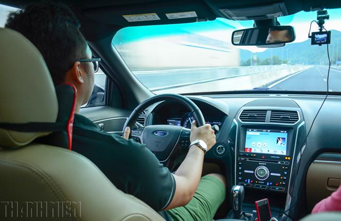 công nghệ hỗ trợ lái xe an toàn